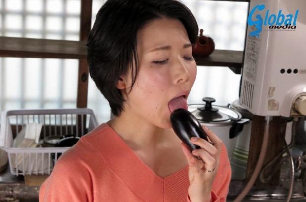 高宮菜々子(汐宮菜々子・櫻井菜々子)デカ乳首